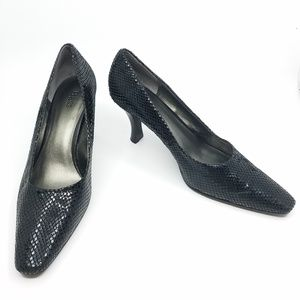 "Bass ""Analise"" Black Snake Leather Pump - 10"